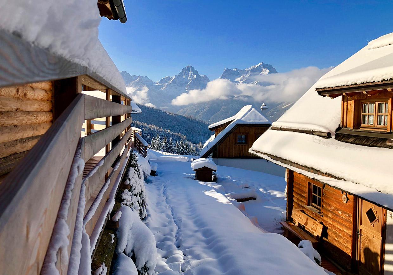 hüttenurlaub, urlaub, berge, baumschlagerberg, kinder, familie, winterurlaub