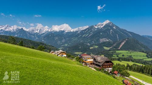 g-almresort-baumschlagerberg-aussicht-himmel-berge-natur-umgebung-ruhe-geborgenheit-stimmung-wellness