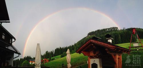 g-almresort-baumschlagerberg-regenbogen-traumhaft-urlaub-ferien-kinder-natur-gute-luft-klima