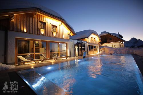 g-baumschlagerberg-wellness-nacht-schnee-winter-aussenpool-pool-beheizt-himmel