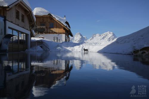 g-baumschlagerberg-wellness-ruhe-entspannung-gelassenheit-pool-berge
