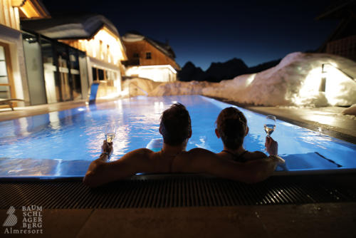 g-baumschlagerberg-wellness-ruhe-entspannung-romantik-winter-pool-schnee