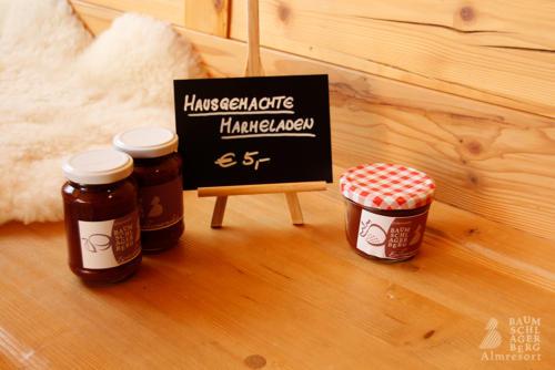 g-hofladen-baumschlagerberg-hausgemacht-marmelade-zwetschke-marille-erdbeer