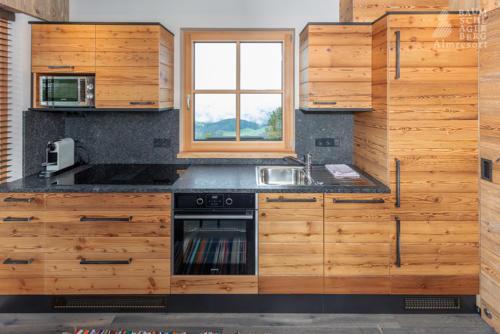 g-panorama-chalet-kueche-nespresso-voll-ausgestattet-luxus-ausblick-ruhe-einsam