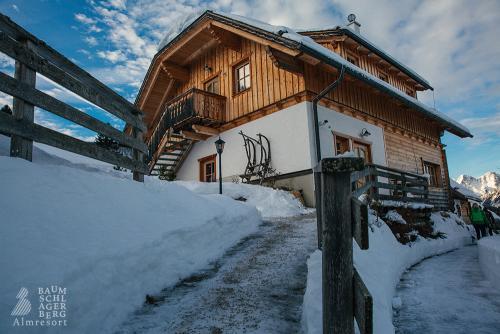g-winter-baumschlagerberg-vorderstoder-schnee-huette-gaudi-wintersport