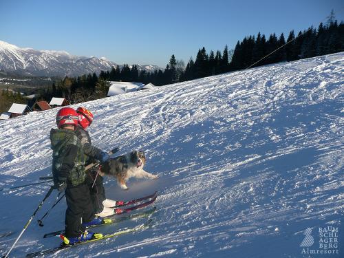 g-winter-kinder-schifahren-skifahren-schnee-skilift-schlepplift-urlaub-familie