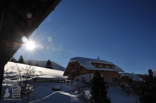 g-winter-landschaft-urlaub-traum-oberoesterreich-vorderstoder-austria-holiday-children-family
